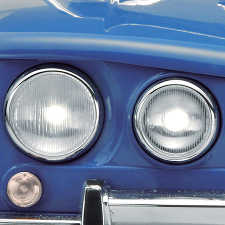 CHARACTERISTIC LINE OF HEADLIGHTS