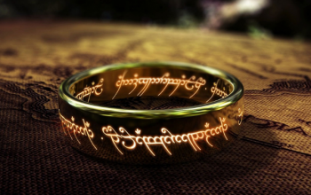 Lord of the Rings gold ring with inscription